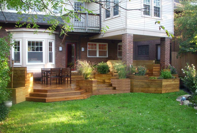 Multi-level deck for outdoor entertainment